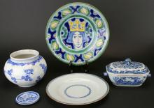 Chinese Export and Chinese Group Porcelain