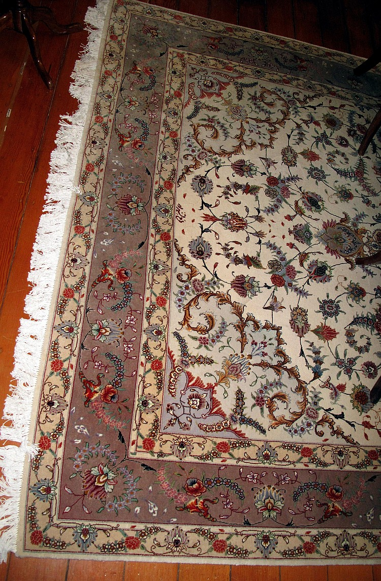 Large Quality Persian Ivory ground rug