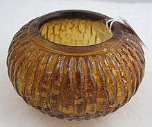 Chinese carved amber glass brush washer with gold
