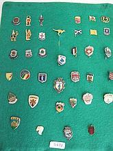 Quantity vintage badges