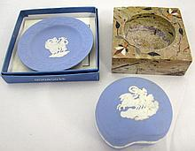 Wedgwood trinket box and a dish with pietra dura
