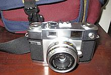 Ricoh XR10 film camera with bag
