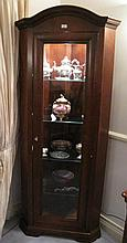 Quality corner display cabinet with dome top and