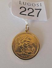 Gold sovereign 1966 in gold frame 9.33gms