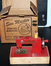 KAYanEE Sew Master Childs Sewing Machine In Original Box