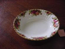 Royal Albert Serving Bowl