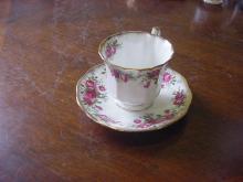 Elizabethan Cups & Saucers