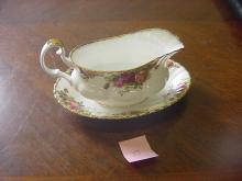 Royal Albert Gravy Boat & Dish