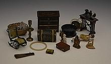 A small collection of miscellaneous doll's house items  including