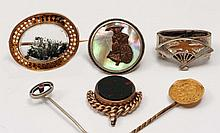 A small collection of miscellaneous jewellery  including a Victori