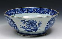 A Chinese blue and white porcelain stand/bowl 18th