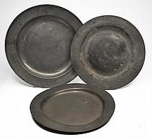 A LARGE ANTIQUE PEWTER CHARGER with touch mark fo
