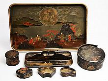 A 19TH CENTURY JAPANESE LACQUERED BOX WITH MAKI-E