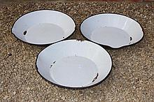 THREE EARLY 20TH CENTURY ENAMELLED DAIRY PANS, ea
