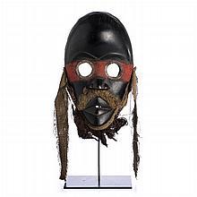 DAN GUERE - Ritual mask