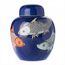 Pot with lid 'carps' in Chinese porcelain, Guangxu