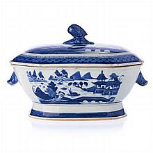 Tureen in Chinese porcelain, Canton