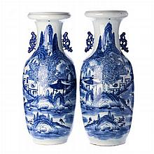 Pair of large vases in Chinese porcelain, Minguo