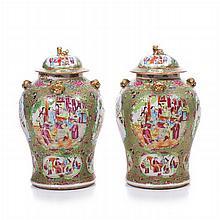 Pair of pots 'mandarin' in Chinese porcelain, Tongzhi