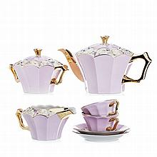 Art deco tea set in porcelain