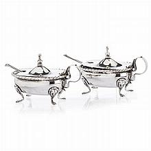Pair of mustard boats in Italian silver