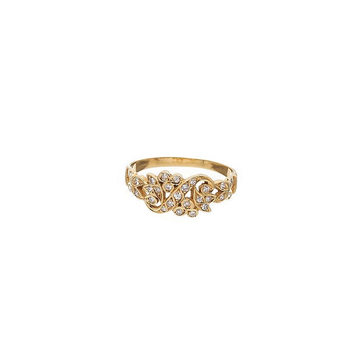 Pierced ring with small diamonds