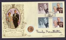 GOLD : 1958 Gold Sovereign First Day Cover for the Queens Golden Wedding, fine item signed by Lady Mountbatten.