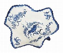 A WORCESTER BLUE AND WHITE PICKLE DISH, CIRCA 1765