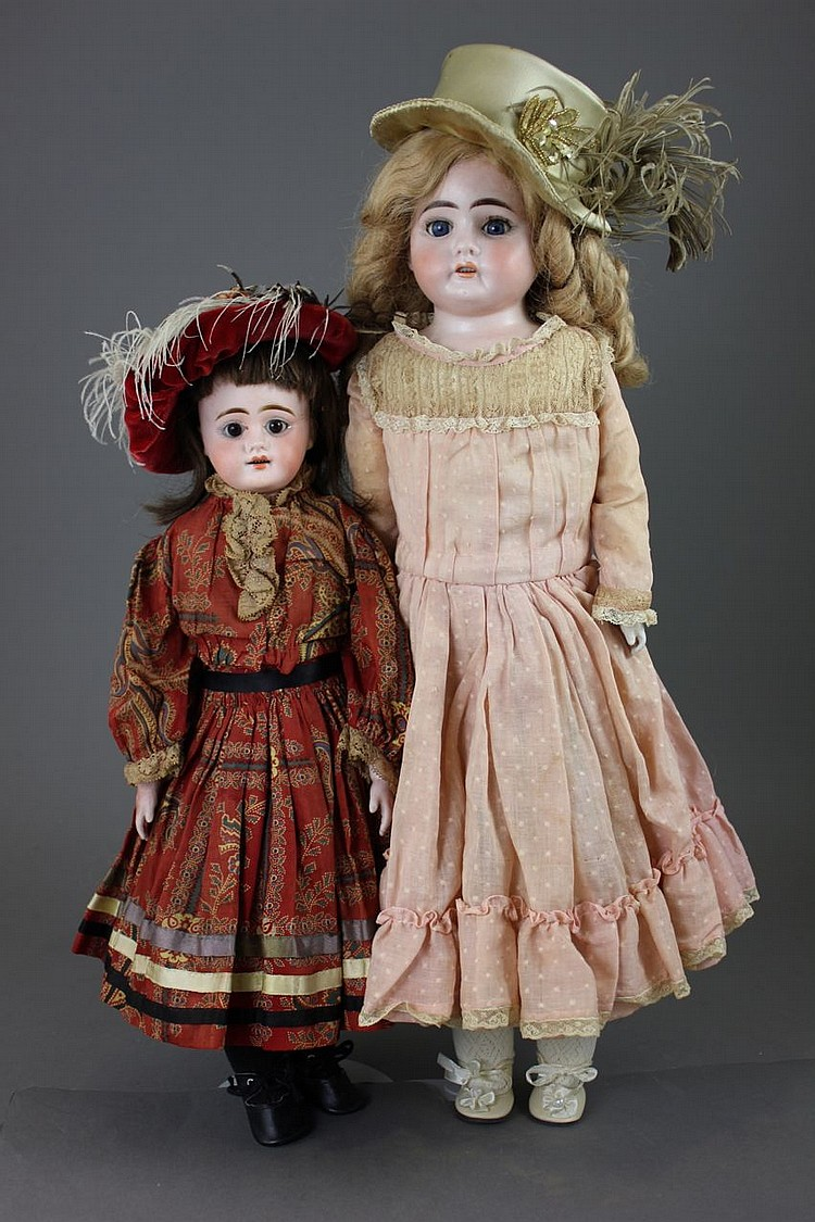 (2) BISQUE SHOULDERHEAD DOLLS