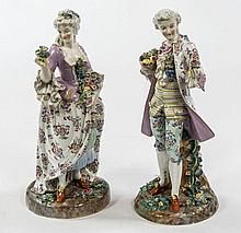 A GOOD PAIR OF 19TH CENTURY PORCELAIN FIGURES,