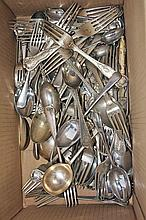 A QUANTITY OF MISCELLANEOUS SILVER PLATED CUTLERY, mostly kings pattern. (a