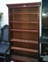AN EDWARDIAN MAHOGANY OPEN BOOKCASE, with moulded cornice above five adjust