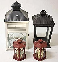 A LARGE WHITE PAINTED BARN STYLE WOODEN AND METAL MOUNTED CANDLE LANTERN,