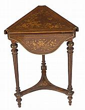 A VERY UNUSUAL 19TH CENTURY CONTINENTAL ROSEWOOD AND MARQUETRY CENTRE OCCAS
