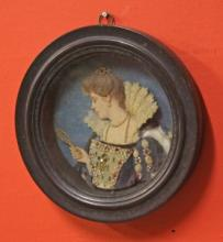 AN EARLY 19TH CENTURY PROFILE WAX RELIEF PORTRAIT,  An Elegant Lady, facing
