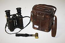 A PAIR OF WORLD WAR I FIELD BINOCULARS, by Ross of