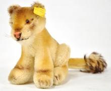 Steiff Lea Lioness 3311