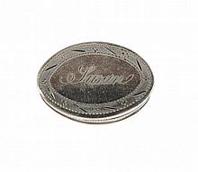 A GEORGE III SILVER OVAL PILL BOX AND COVER engraved Susan, 3cm w, by