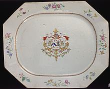 ca. 1750 Chinese export platter with central coat