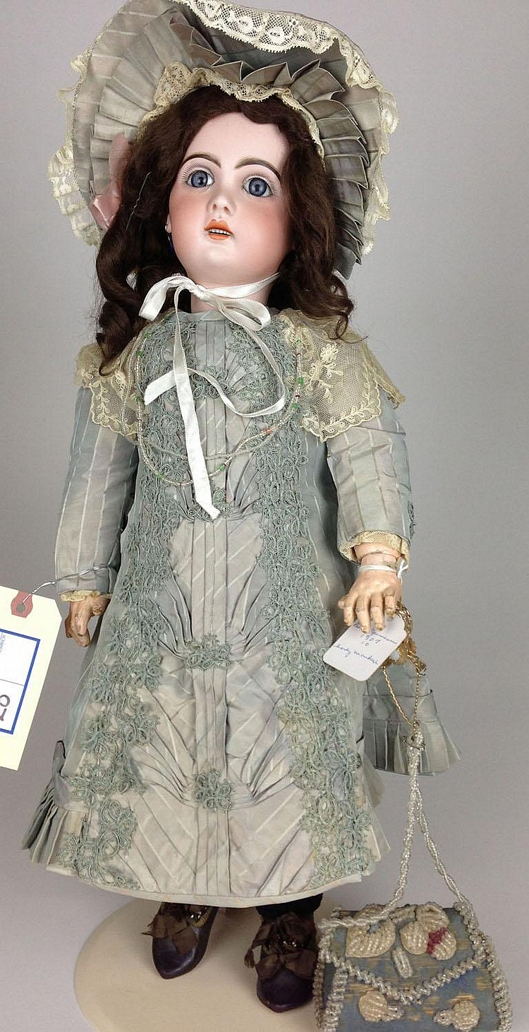 1907 Bebe Jumeau 10 bisque doll- socket head, open