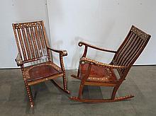 Paire de rocking chairs en bois incrusté d'os   Travail du Moyen Orient