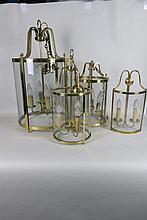 Suite de quatre lanternes en verre, monture en laiton  H_80, 60 et 50 c