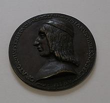 Médaille en bronze figurant un Medici à l'avers, et la vertu au revers