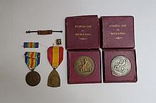 Deux médailles en bronze et bronze argenté de l'automobile club du Nord de