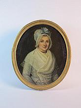 Ecole française du XVIIIe   Portrait de femme au fichu  Huile sur t
