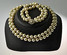 Faux Pearl Necklace & Matching Bracelet