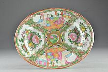 Chinese Export Porcelain Rose Medallion Dish