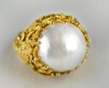 A 14K Yellow Gold & Mabe Pearl Ring