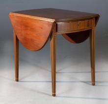 A Kittinger Federal Style Pembroke Table