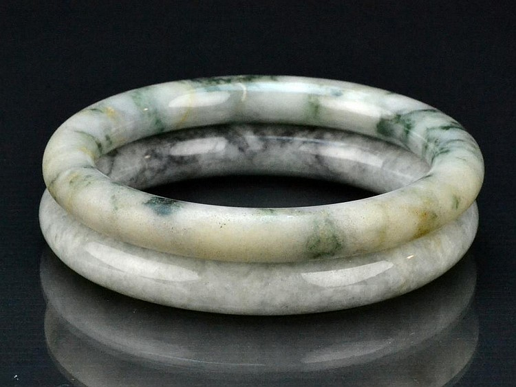(2) Chinese Qing Jadeite Bangle Bracelets